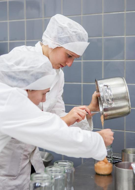 32-33_Foodlab-0015